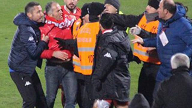 TFF 1. Lig'de olaylı maç !