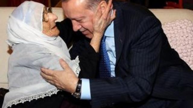 Cumhurbaşkanı Erdoğan Sofuoğlu'nun evini ziyaret etti
