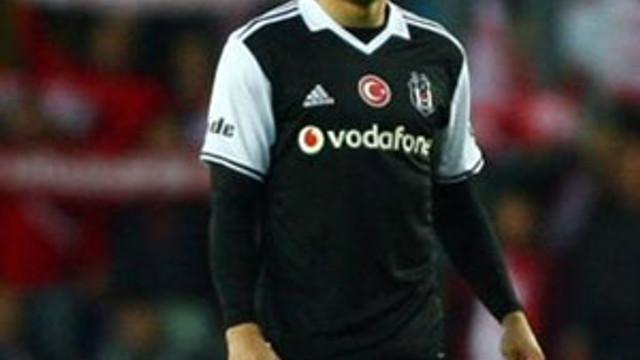 Beşiktaş'ta sakatlık depremi ! Adriano...