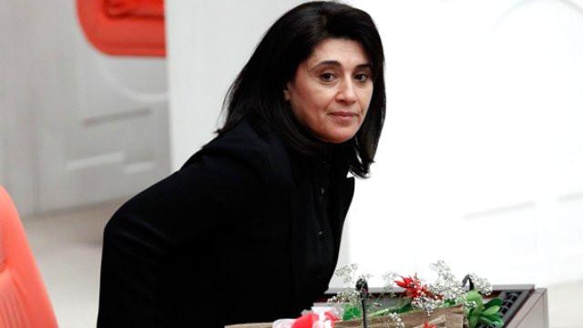 HDP'li Leyla Zana için beraat kararı