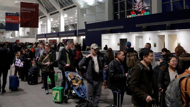 Bomba şakası yüzünden havalimanı boşaltıldı !
