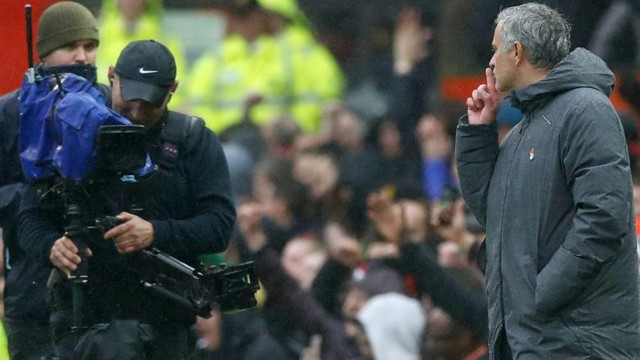 Mourinho'dan olay hareket ! Maç sonu...