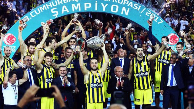 'Sen olsan bari' şarkısı Fenerbahçelileri çıldırttı