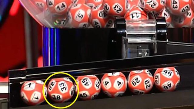 Loto çekilişinde aynı topta 2 farklı rakam şoku