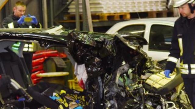 Almanya'da 3 Türk genci kazada öldü