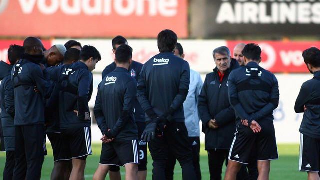 Beşiktaş'ta 4 isimle yollar ayrılıyor