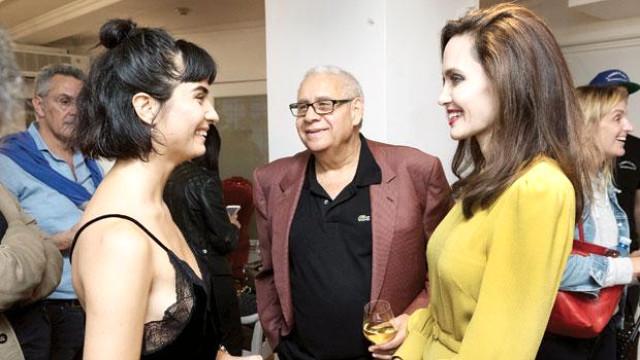 Angelina Jolie ile Tuba Büyüküstün yan yana
