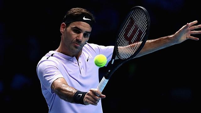 Federer namağlup lider bitirdi !