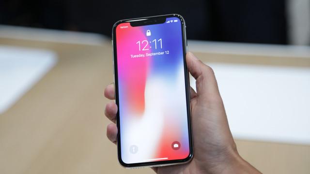 iPhone X Türk Telekom mağazalarında