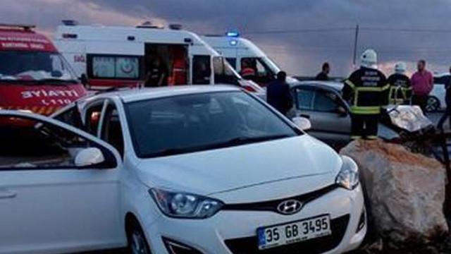 Aydın'da iki otomobil çarpıştı: 9 yaralı
