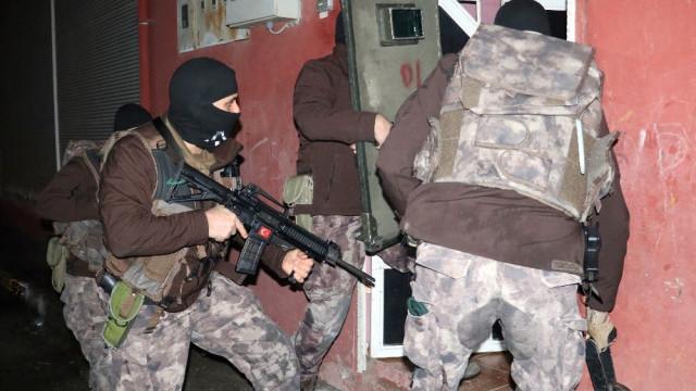 Adana'nın uyuşturucu baronu uykuda yakalandı