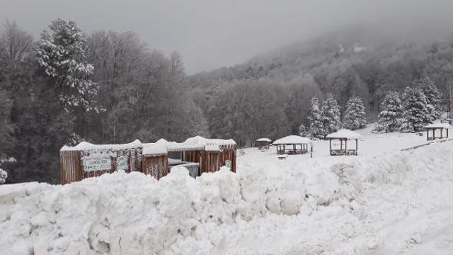 Ünlü kayak merkezinde kar kalınlığı 45 santimetre