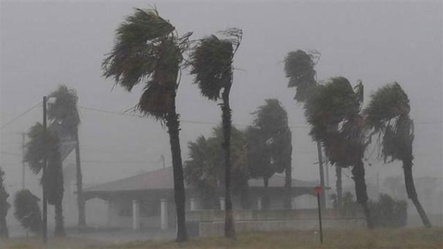 Şiddetli rüzgar can aldı: 8 ölü