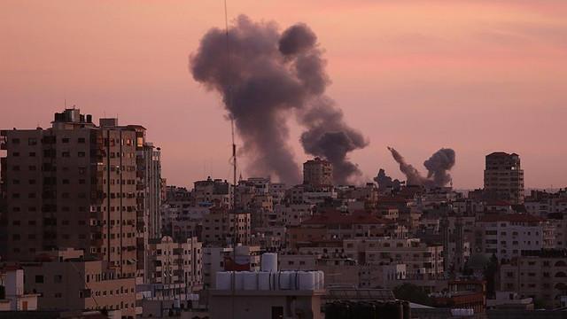 İsrail, Gazze'yi vurdu: 2 şehit