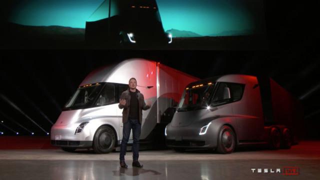 Tesla'nın elektrikli TIR'ı Semi için dev sipariş