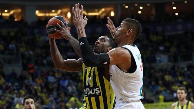 Fenerbahçe son topla yıkıldı