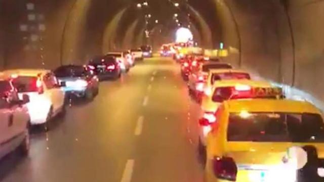 İzmir sürücülerden örnek davranış