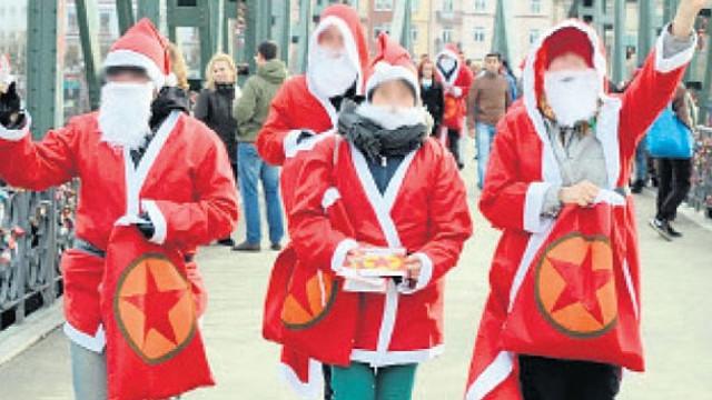 PKK'lılar Noel Baba kılığına girdi