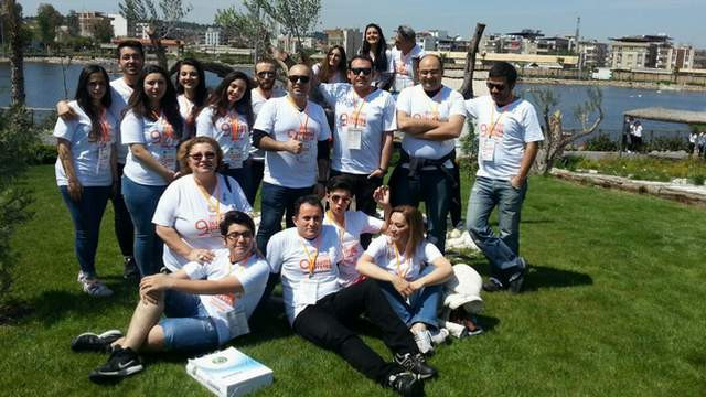 Maltepeli tiyatrocular İzmir'i fethetti