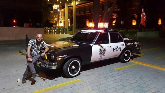 En çok 'Evet'in çıktığı Harran'a 'Halk Özel Harekât' otomobilini hediye etti