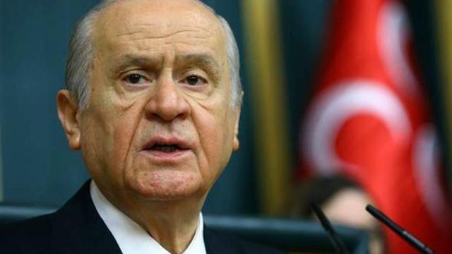 AK Parti zirvesinde MHP tartışması
