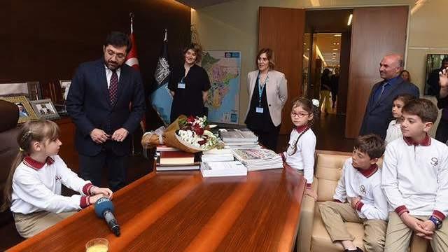 Beşiktaş Belediye Başkanı Av. Murat Hazinedar koltuğunu bıraktı