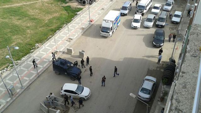 Emniyet Müdürlüğü'ne bombalı saldırı girişimi