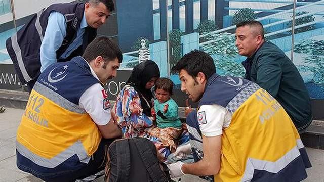 Suriyeli dilenci bir dakikada Türkçe öğrendi