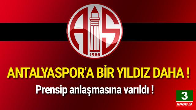 Antalyaspor'a bir yıldız daha geliyor