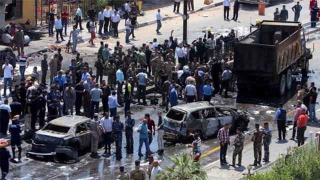 Irak yine kan gölüne döndü: 14 ölü