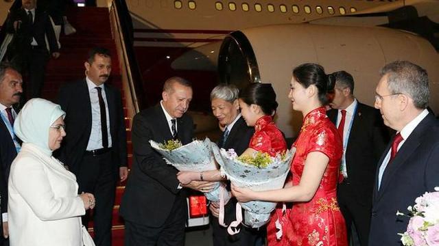 Erdoğan'ın görüşmeleri başladı