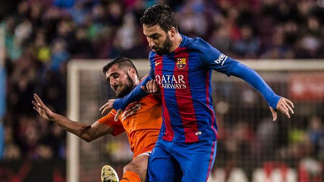 Barcelona taraftarı Arda Turan'ı istemiyor