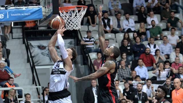Beşiktaş seriye galibiyetle başladı