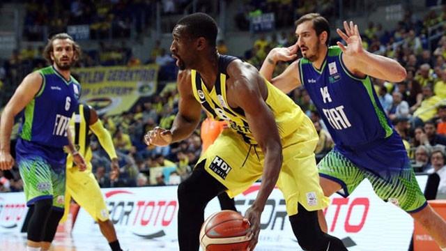 Fenerbahçe: 92 Tofaş: 67