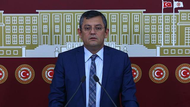 CHP'li Özer MHP'yi fena bombaladı