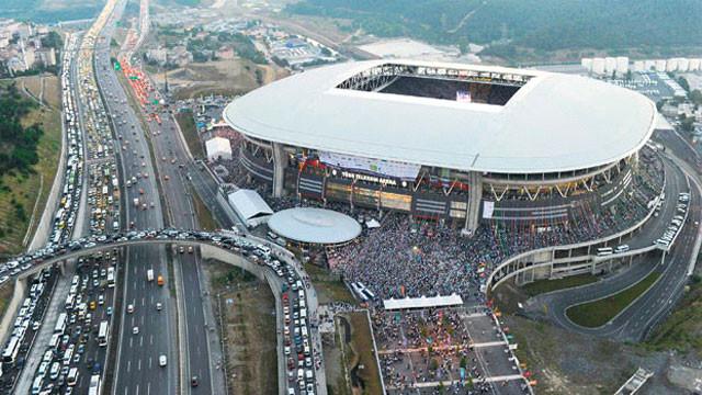 Galatasaray stadın adını değiştirdi