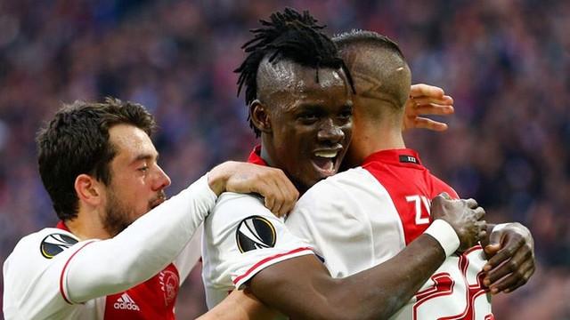 Ajax finalin kapısını araladı