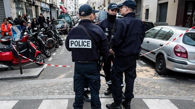 Paris'te büyük panik! Dünyaca ünlü Louvre Müzesi tahliye edildi