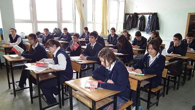 Öğrenciler dikkat ! Liselerde haftalık ders saatleri değişti
