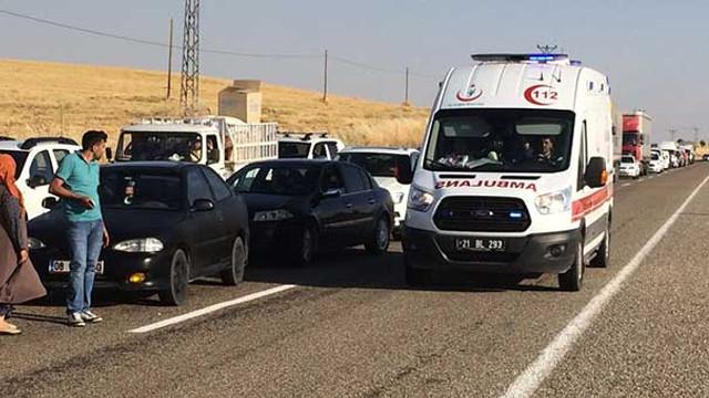 Polis midibüsü kaza yaptı: Ölü ve yaralılar var