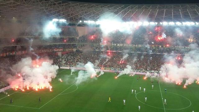 Göztepe ve Eskişehirspor'a ceza geldi