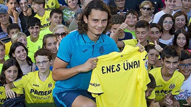 Villarreal Enes Ünal'ı basına tanıttı !