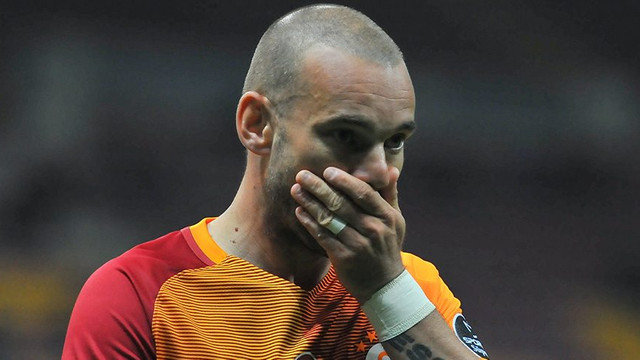 Sneijder 'saygısızlık' nedeniyle gönderildi iddiası