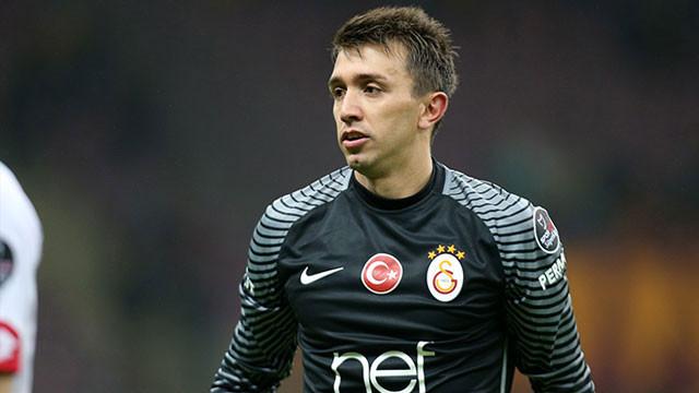 Galatasaray'dan Muslera'ya 5 yıllık teklif