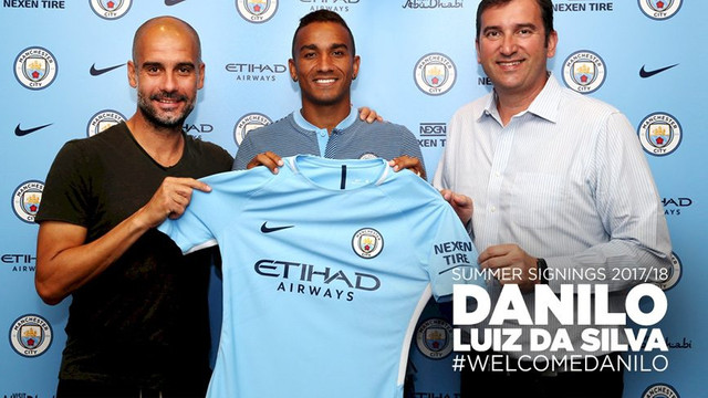 Manchester City'den transfer bombası !