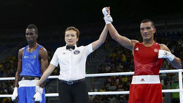 Türk boksör ABD'ye kaçtı !