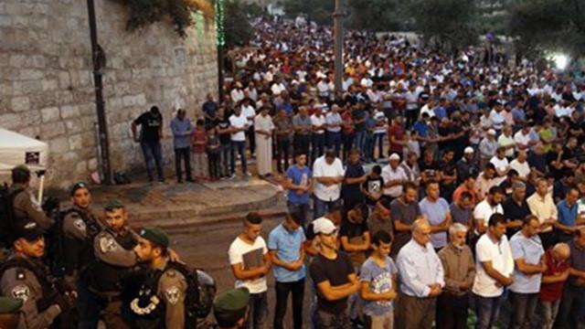 Mescid-i Aksa'da polis müdahalesi: 13 yaralı
