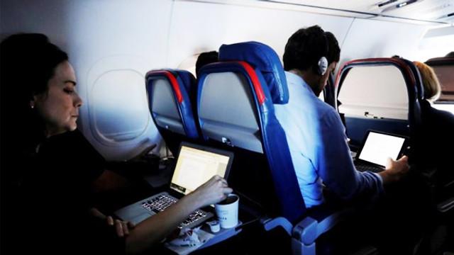 İngiltere, Türkiye'den uçuşlarda elektronik cihaz yasağını kaldırdı