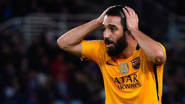 Arda Turan'a büyük şok ! Barcelona gönderiyor...