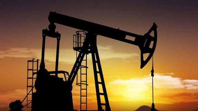 Petrol fiyatları eriyor